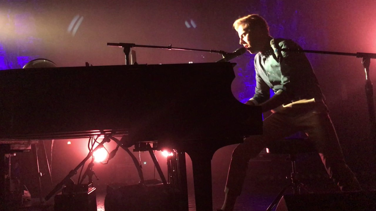 Andrew mcmahon in the wilderness birthday song house for Chicago house music songs