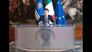 Conferenza stampa del Presidente Conte con i Ministri Gualtieri e Catalfo