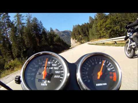 Suzuki GS 500 Fun In The Mountains