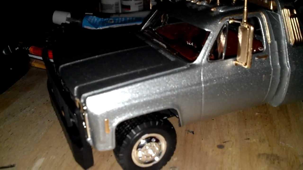 Revell - 77 GMC wrecker truck model kit - YouTube