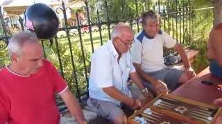 Život na Korfu - v zápalu Tavli Thumbnail