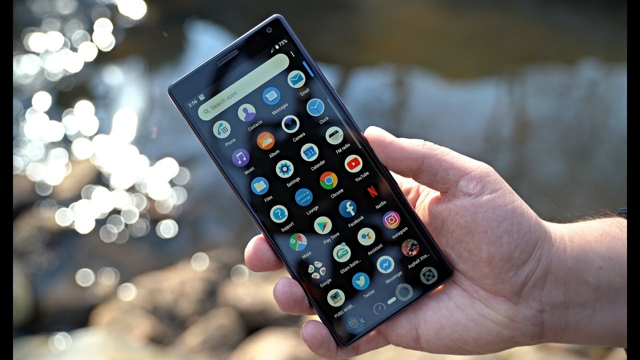 Sony Xperia 10 Review - Solid Midrange Smartphone! - YouTube