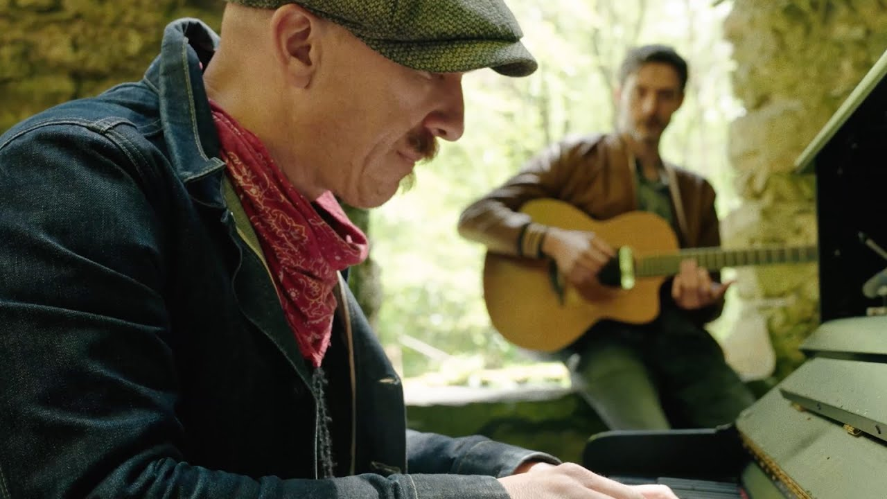 """Foy Vance - """"Sapling"""" (Live From The Highlands)"""