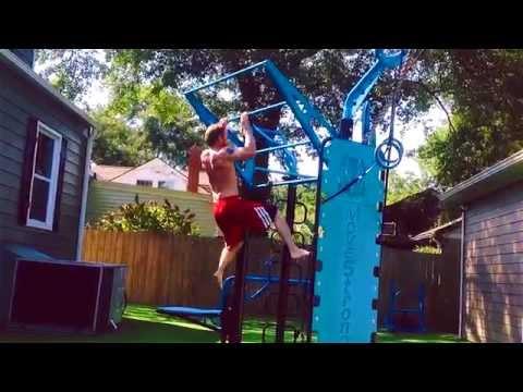 Climber Bar Plyo Pull-ups On Outdoor Fitness Station