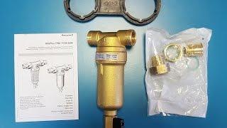 Фильтр грубой очистки самопромывной HONEYWELL Mini Plus FF06 на горячую воду(Фильтр HONEYWELL Mini Plus FF06 для горячей воды обзор. Купить с скидкой 10% - можете здесь: http://akvo.com.ua/produkciya/fil-try-gruboj-i-tonkoj-..., 2016-08-21T22:12:24.000Z)