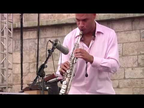 Joshua Redman - Full Concert - 08/14/05 - Newport Jazz Festival (OFFICIAL)