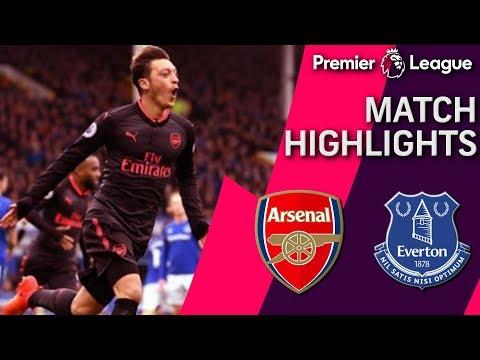 Arsenal thrashes Everton, 5-2