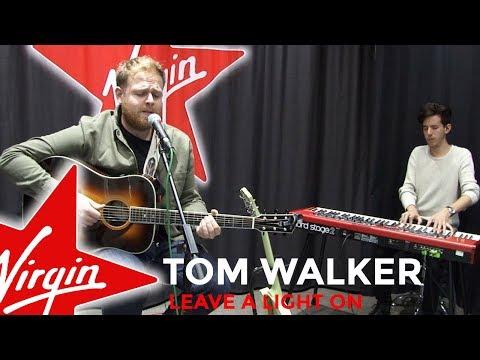 Tom Walker - Leave A Light On (Live In The Red Room)