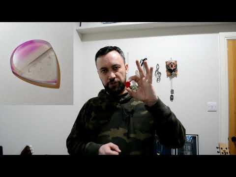Stone Age Agate Jazz XL Plectrum Review