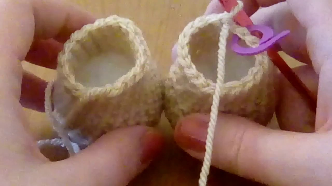 Amigurumi Joining Legs : How to join the legs on a standard size weebee doll youtube