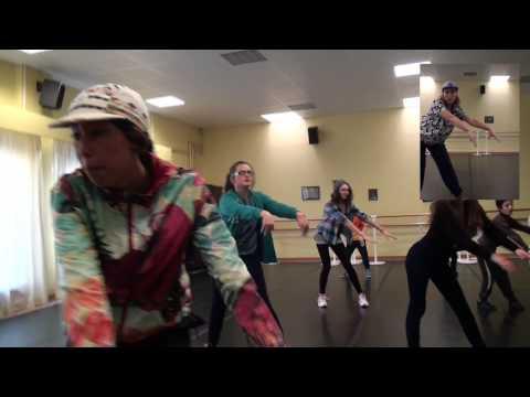 Uptown funk Flashmob Lanester
