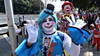 Клоуны Мексики завершают уходящий год паломничеством (новости)