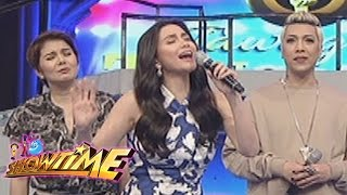 It's Showtime: Mariel shows her singing skills