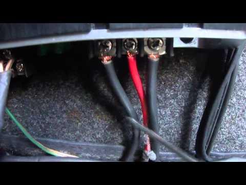 Por dentro da Garagem - Instalando amplificador em parati g2