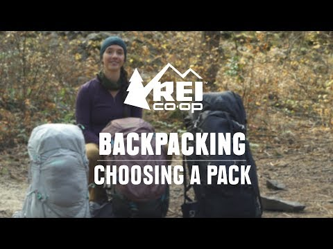 How To Choose Backpacking Packs || REI
