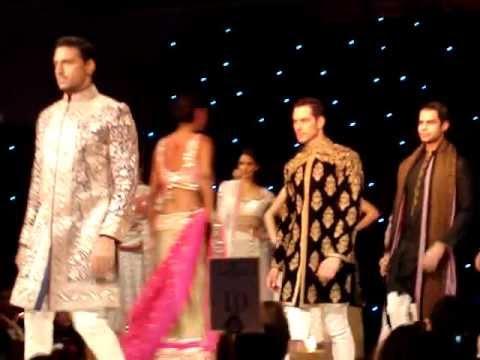 Miss India Holland Top Model 2013 @ Manish Malhotra Fashion Show in UK!