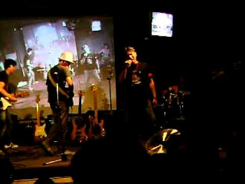 June afternoon live in moe cafe mp3