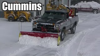 Snow Plowing 92 Dodge Cummins 2500 with Western Plow Moving Some Snow