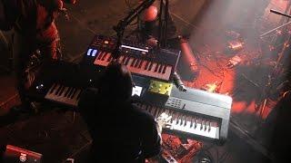 Concert Éthéré - Outshape - Six Feet Under