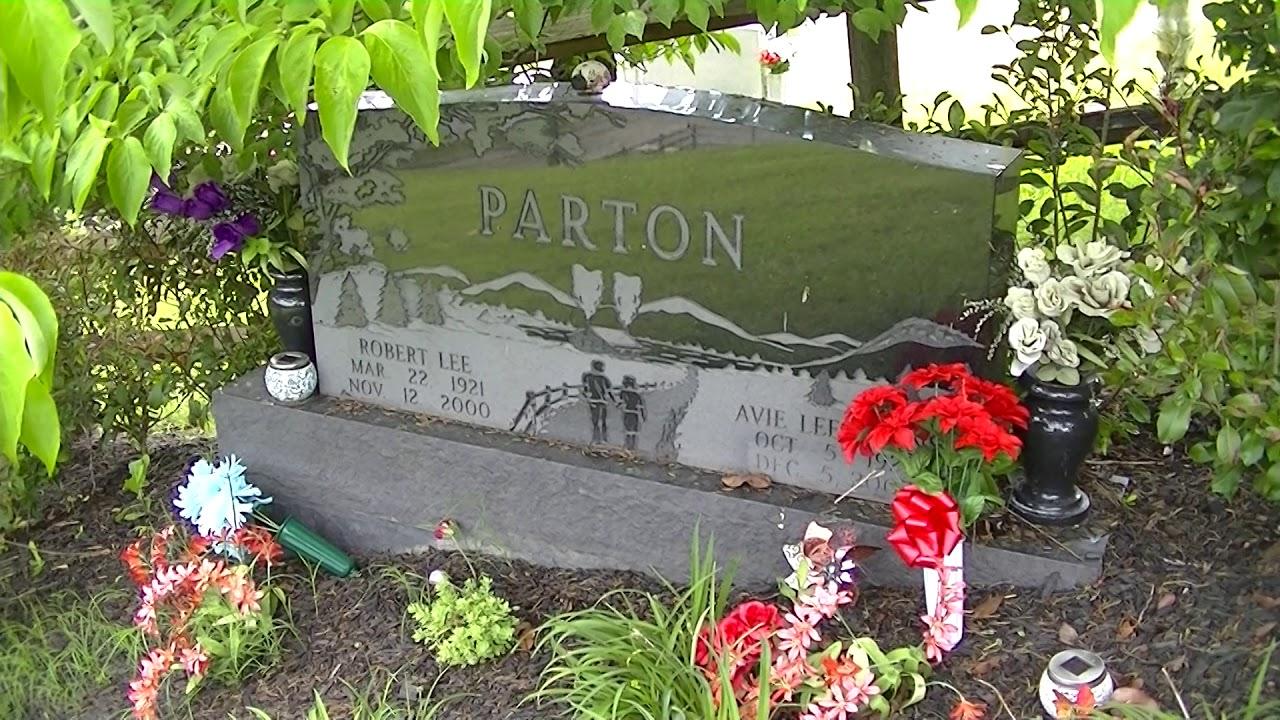 Dolly Parton S Parents Gravesite Robert Avie Parton Grave In Locust Ridge Tn By Jimmy Gilstrap