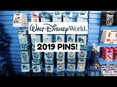 Disney Parks Christmas 11 Pin Set /& Lanyard NEW 2019