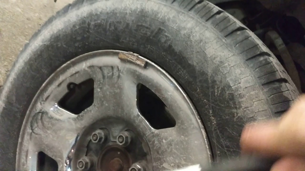 how to make ford truck center cap stay on the wheel [ 1280 x 720 Pixel ]