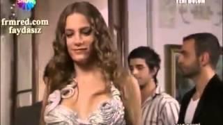 Serenay Sarıkaya'dan seksi frikik +18 720p