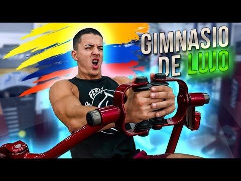 ASÍ es un GIMNASIO DE LUJO en COLOMBIA!! *MÁQUINAS del FUTURO**