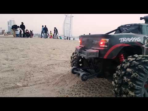 Xmaxx 8s bashing at Jumeirah Beach Dubai!