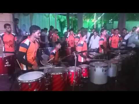 Shree ganesh musical group......kalyan...Rocks chimni udali song in pune