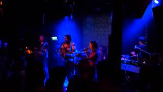 Tunng - Bloodlines (live Bitterzoet Amsterdam)