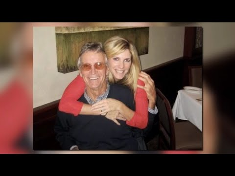 Bonita Springs woman honors late husband by launching clothing line
