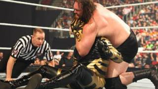 WWE Superstars: Goldust vs. Mike Knox