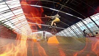 GoPro BMX #3: ПАДЕНИЕ В СКЕЙТПАРКЕ ЖЕСТЬ. РАЗБИЛ ТЕЛЕФОН ДРУГУ ЗА 25000 ТЫСЯЧ !!!