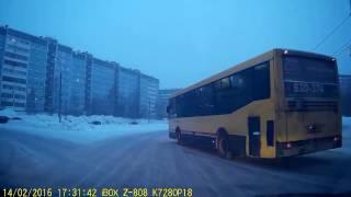 охреневший автобус на кольце в ижевске 14.02.17