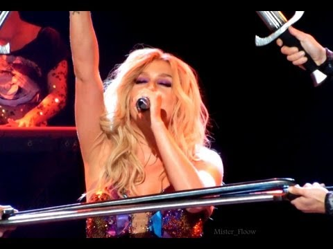 "Kesha- ""Warrior"" - Paris - Trianon   [HD]"