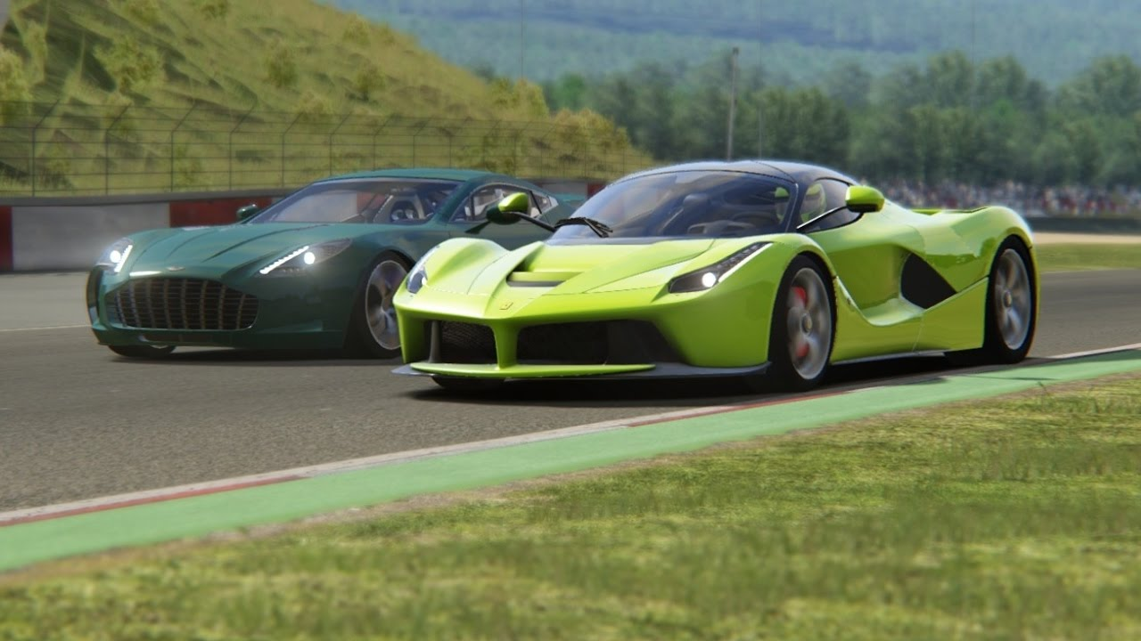 battle ferrari laferrari vs aston martin one 77 racing at