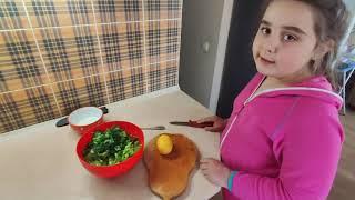Салат из зелени. Салат. Весенний салат. Витамины