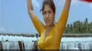 Tamil actress glamour hot video - 12 | Kumthalakka
