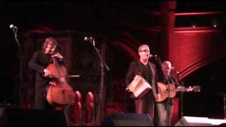 Oysterband - Bury Me Standing (Union Chapel)
