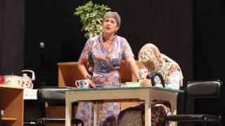 Сцена из спектакля Мирн фурн