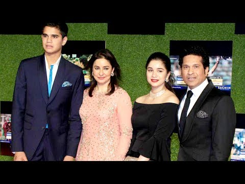 Sachin Tendulkar With Family, Wife, SON & Daughter At Sachin A Billion Dreams Grand Premiere