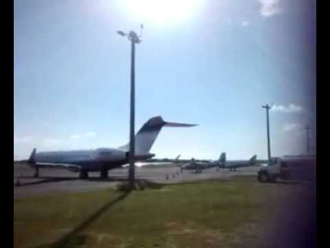 737 takin off from Anguilla airport