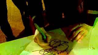 15.04.2012. Ростов-на-Дону. Децл оставил мне автограф на дневнике с ним же на обложке