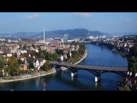 Basel - Schweizerstadt am Rhein / Rheinschwimmen in Basel