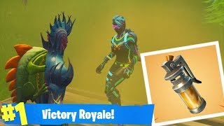 *NIEUWE* STINK BOMB OP TEAM GOOIEN!? - Fortnite Battle Royale
