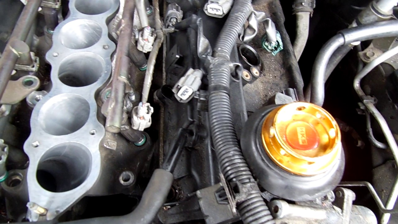350z valve cover install or replacing valve gasket, how to get to the  camshafts