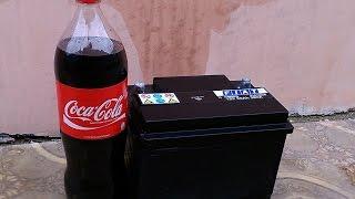 ЧТО БУДЕТ,ЕСЛИ (Coca-Cola) КОЛУ ЗАЛИТЬ В АККУМУЛЯТОР!!!