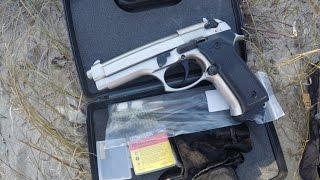Газов пистолет Blow Magnum модел F92