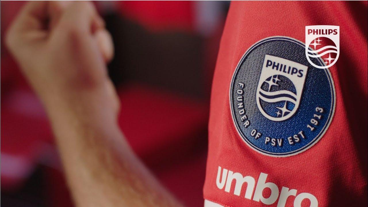 El PSV presentó su nueva camiseta Umbro para la temporada 2017/18